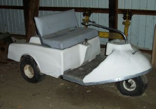 VINTAGE RARE1965JATO THREE WHEEL GOLF CART GAS WALKER EXECUTIVE besides Gallery also Gallery additionally Gallery together with Gallery. on walker jato golf cart
