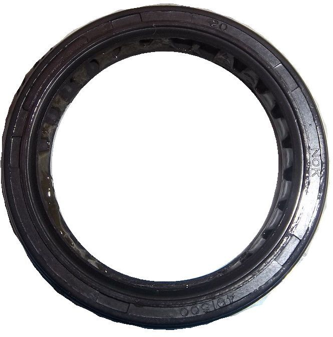 BE66-100 - Crankcase Seal